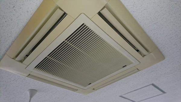 京都市北区 業務用エアコン故障修理(福祉施設様)のサムネイル