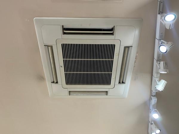 【R22冷媒】の業務用エアコン入替なら今です!